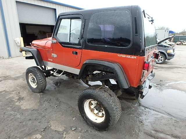 Click image for larger version  Name:1992_Jeep_Wrangler_3.JPG Views:57 Size:90.1 KB ID:2406450