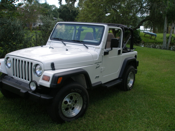 Click image for larger version  Name:1999 jeep 2.jpg Views:36 Size:174.8 KB ID:42367