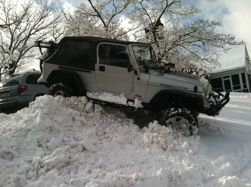 Click image for larger version  Name:2-4-15 Jeep in snow & Excelsior 124.jpg Views:429 Size:227.1 KB ID:1872402