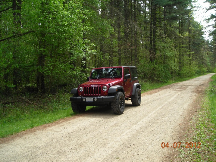Click image for larger version  Name:2012 Jeep Wrangler at Sandridge State Forest 2.jpg Views:641 Size:224.3 KB ID:112382