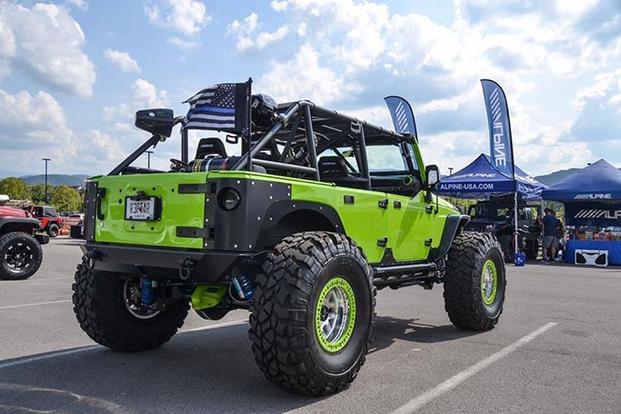 Click image for larger version  Name:2012-Jeep-Wrangler-JKU-Rubicon-at-car-show.jpg Views:375 Size:147.8 KB ID:4102235