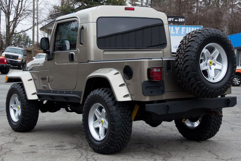 Click image for larger version  Name:2014-khaki-single-cab-conversion-sold-back-side-view.jpg Views:325 Size:118.4 KB ID:952210