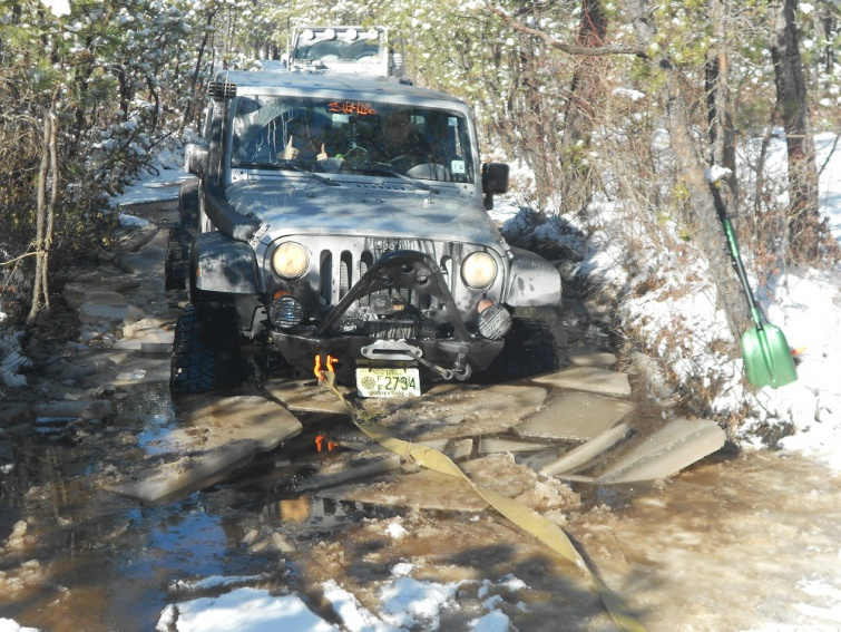 Click image for larger version  Name:4 wheeling 004 - Copy.jpg Views:84 Size:234.0 KB ID:715097