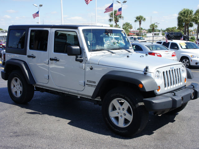 Click image for larger version  Name:before jeep.jpg Views:170 Size:120.3 KB ID:3548522