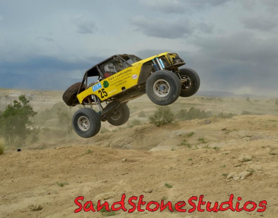 Click image for larger version  Name:big air dirt riot.jpg Views:128 Size:188.4 KB ID:4112699