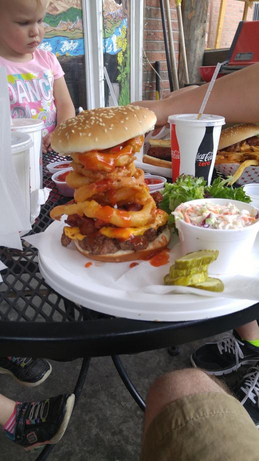 Click image for larger version  Name:Burger.jpg Views:21 Size:226.7 KB ID:4174813