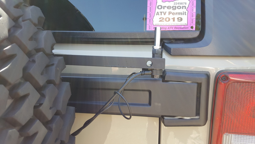Click image for larger version  Name:CB Antenna Mount_.jpg Views:23 Size:149.4 KB ID:4031418