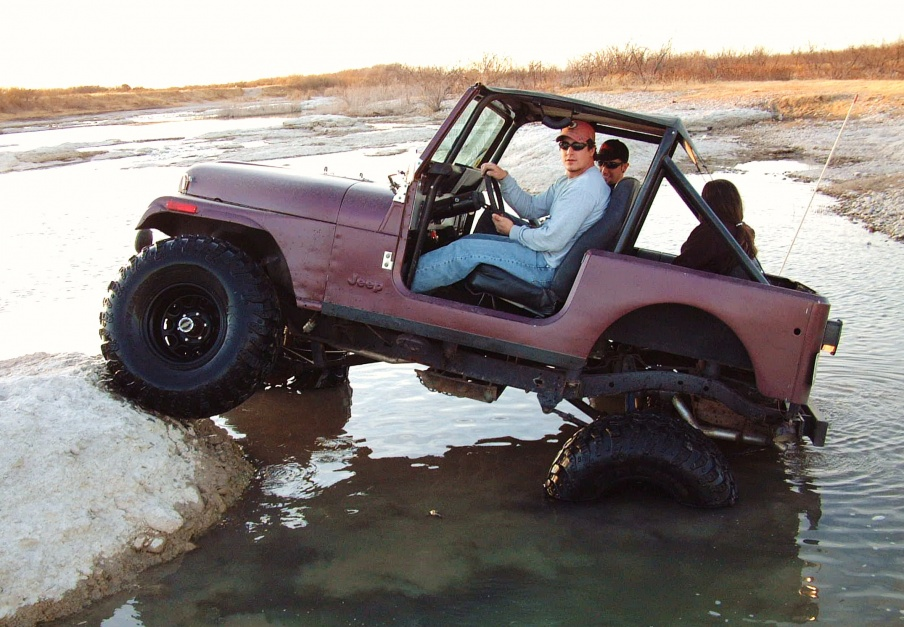 Click image for larger version  Name:Christmas and jeep 083.jpg Views:118 Size:227.4 KB ID:111305