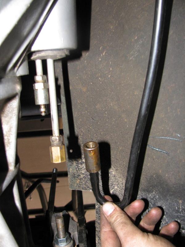 Replacing slave cylinder - Jeep Wrangler Forum