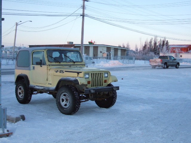 Click image for larger version  Name:dec-14 jeep.jpg Views:16 Size:88.4 KB ID:3186385