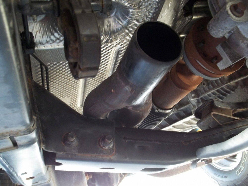 Click image for larger version  Name:exhaust5.jpg Views:144 Size:203.7 KB ID:56766