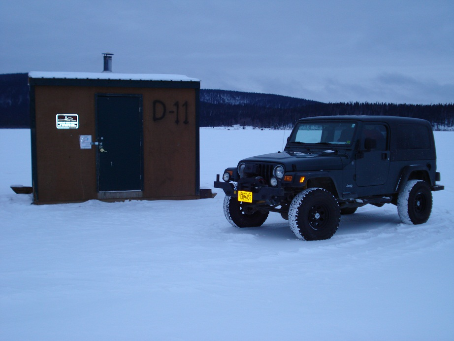 Click image for larger version  Name:Icefishing1.jpg Views:27 Size:131.0 KB ID:86893