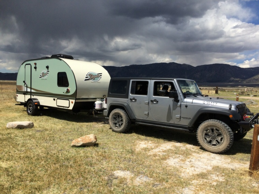 Anyone Pulling A Travel Trailer With An Unlimited Jeep