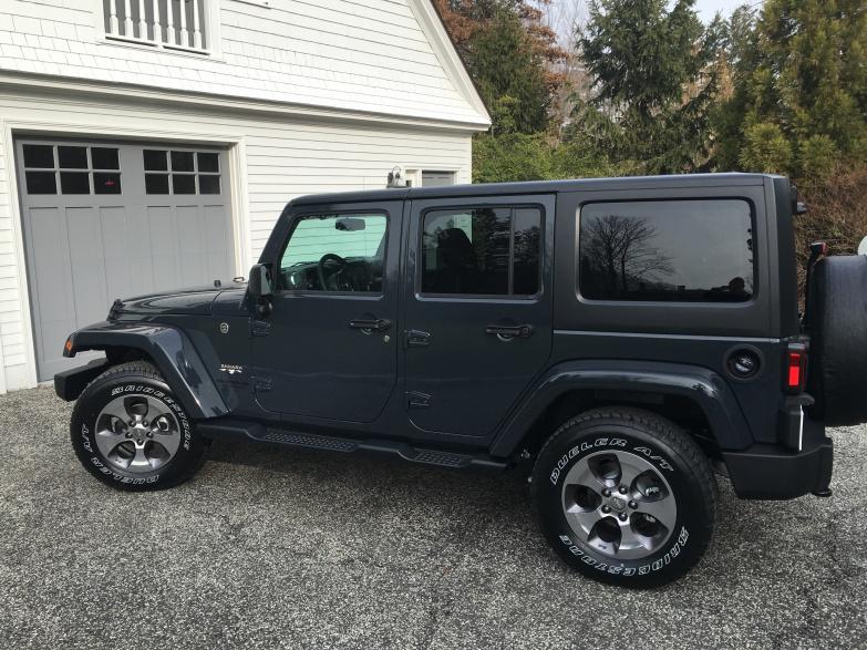 Rhino Vs Granite Crystal Metallic Jeep Wrangler Forum