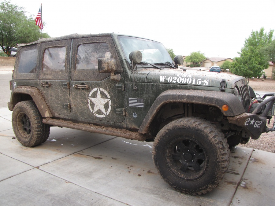 Pics Of Jku 2 5 Lift 33 Tires On 17inch Wheels Jeep Wrangler Forum