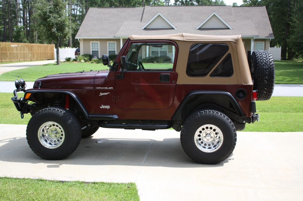 Click image for larger version  Name:Jeep 001.jpg Views:1501 Size:221.8 KB ID:15203