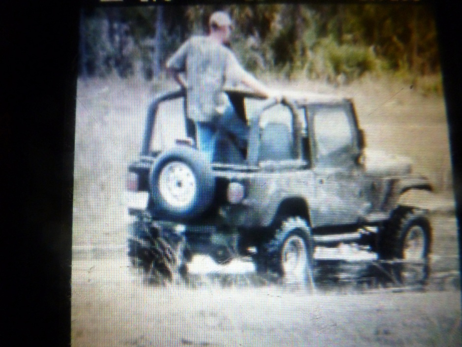 Click image for larger version  Name:jeep 007.jpg Views:69 Size:222.4 KB ID:75630