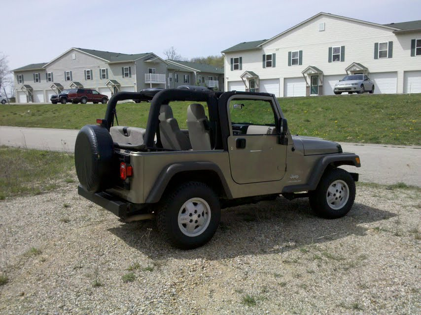 Click image for larger version  Name:jeep 1.jpg Views:80 Size:107.5 KB ID:19418