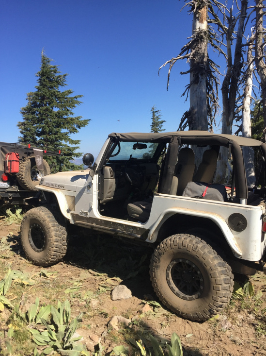 Click image for larger version  Name:jeep 1.jpg Views:70 Size:242.0 KB ID:4135027