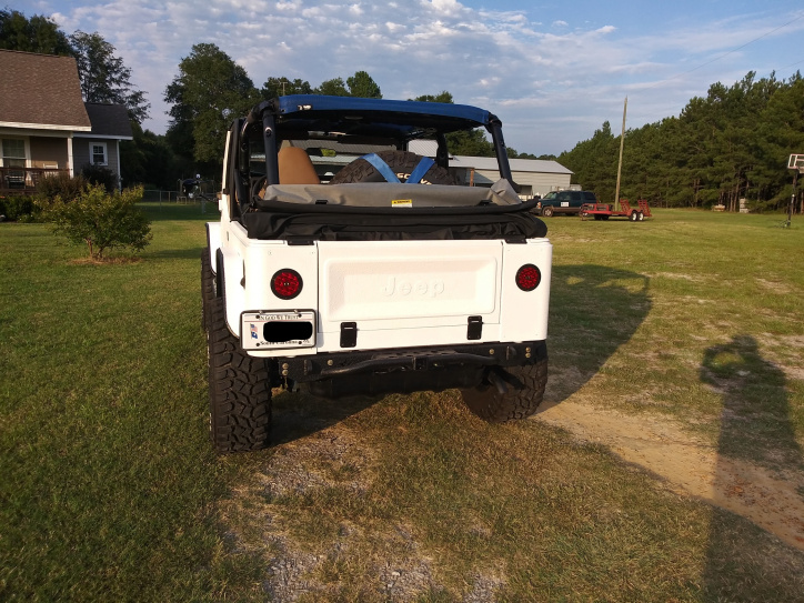 Click image for larger version  Name:jeep 1.jpg Views:44 Size:229.5 KB ID:4166709