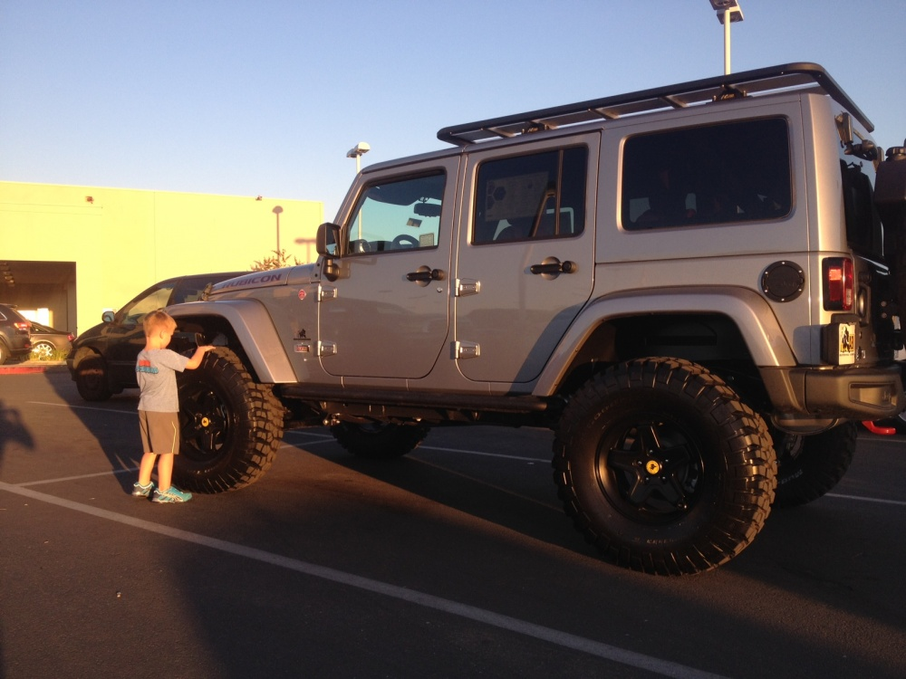 Click image for larger version  Name:Jeep 2.jpg Views:496 Size:191.2 KB ID:391305