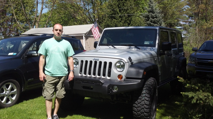 Click image for larger version  Name:Jeep and I.jpg Views:222 Size:223.7 KB ID:120242