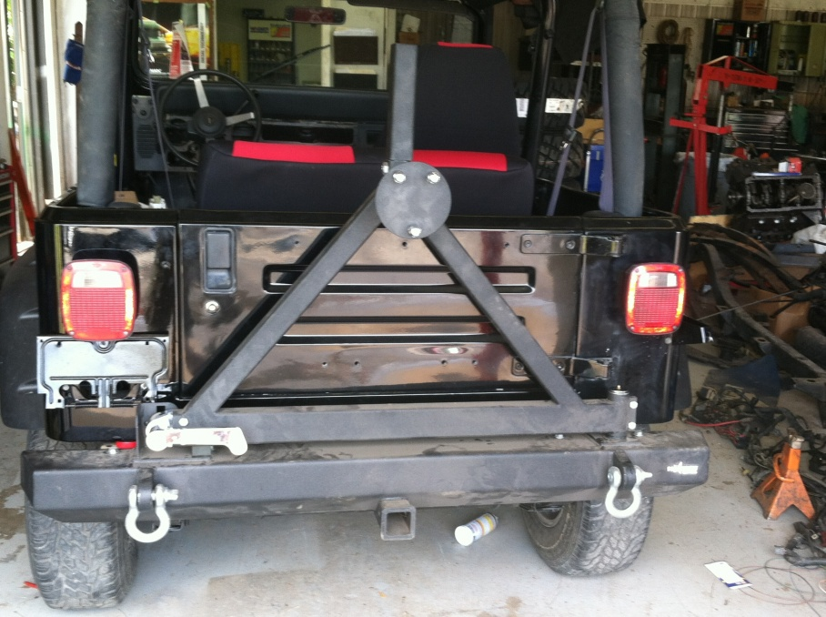 Click image for larger version  Name:jeep bumper.jpg Views:98 Size:224.9 KB ID:247497
