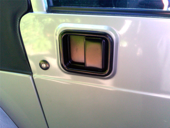 Click image for larger version  Name:Jeep door handle..jpg Views:25 Size:127.1 KB ID:188730