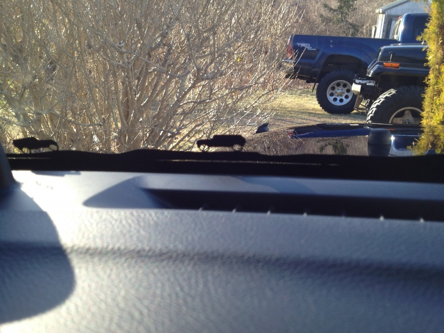 Click image for larger version  Name:Jeep dude.jpg Views:292 Size:225.1 KB ID:229045