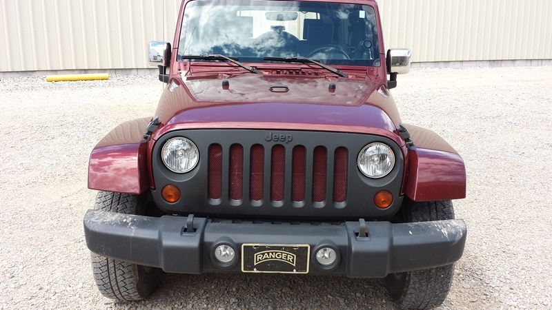 Click image for larger version  Name:jeep grill.jpg Views:261 Size:184.8 KB ID:1308202
