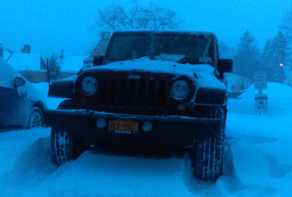 Click image for larger version  Name:Jeep in Snow.jpg Views:9 Size:177.0 KB ID:3501930