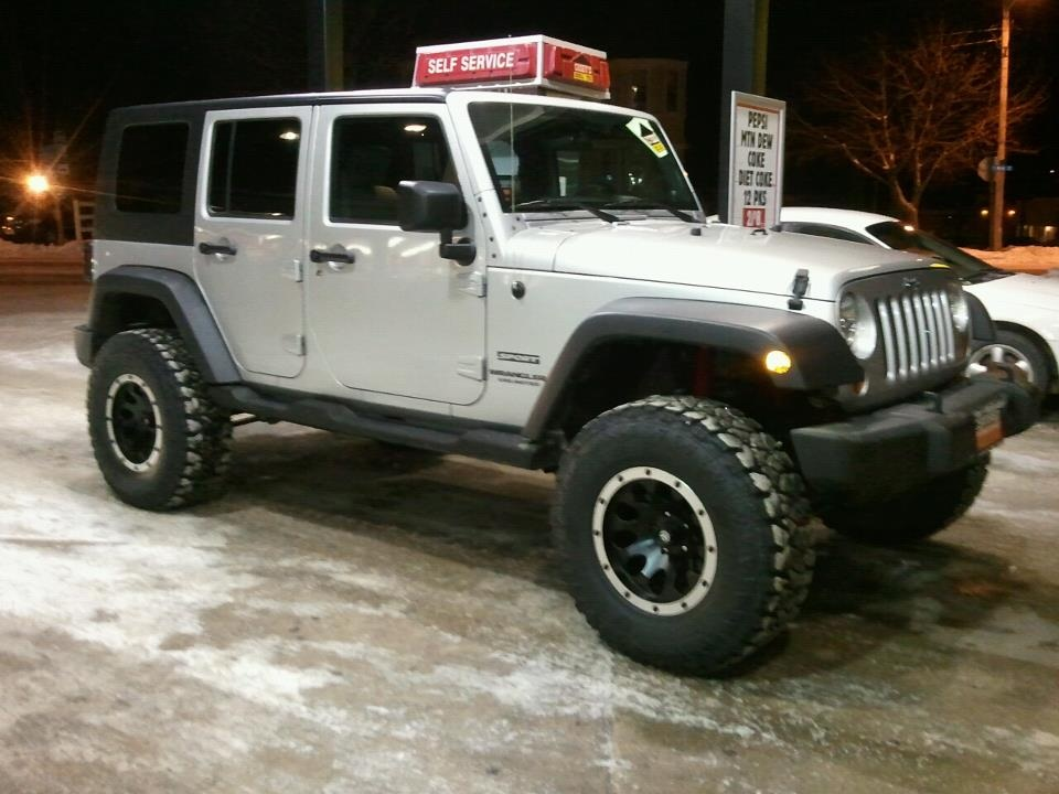 Click image for larger version  Name:jeep.jpg Views:135 Size:151.4 KB ID:106637