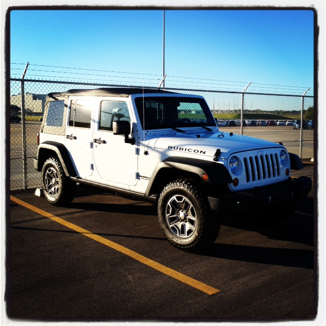 Click image for larger version  Name:Jeep.JPG Views:159 Size:183.0 KB ID:161922