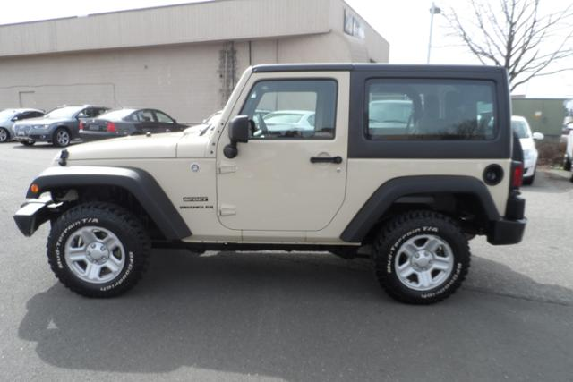 Click image for larger version  Name:jeep.jpg Views:74 Size:32.6 KB ID:258208