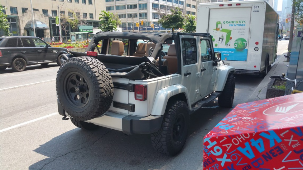 Click image for larger version  Name:jeep.jpg Views:125 Size:222.8 KB ID:2585305