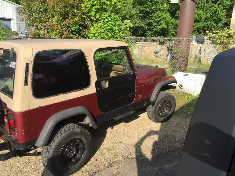 Click image for larger version  Name:jeep.jpg Views:65 Size:229.6 KB ID:3037249