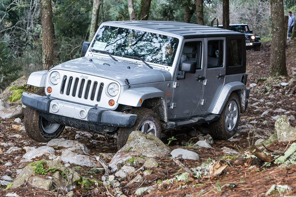 Click image for larger version  Name:jeep.jpg Views:19 Size:146.3 KB ID:3563074