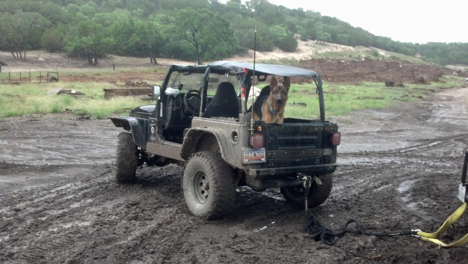 Click image for larger version  Name:jeep.jpg Views:207 Size:220.1 KB ID:720905