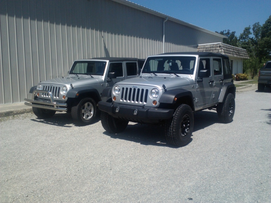 Click image for larger version  Name:jeep lift.jpg Views:2161 Size:224.6 KB ID:125250