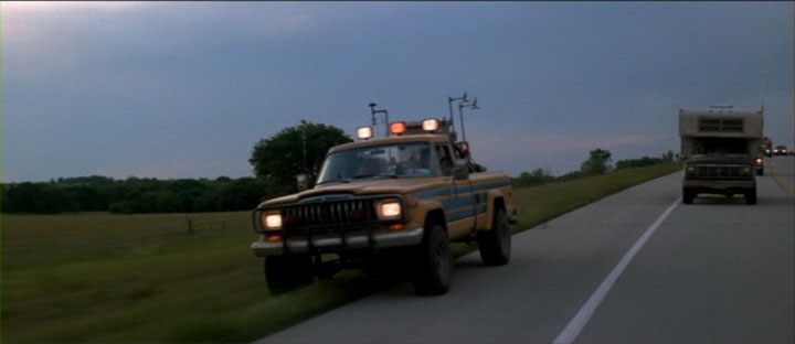 Click image for larger version  Name:jeep movie - twister.jpg Views:235 Size:23.5 KB ID:200925