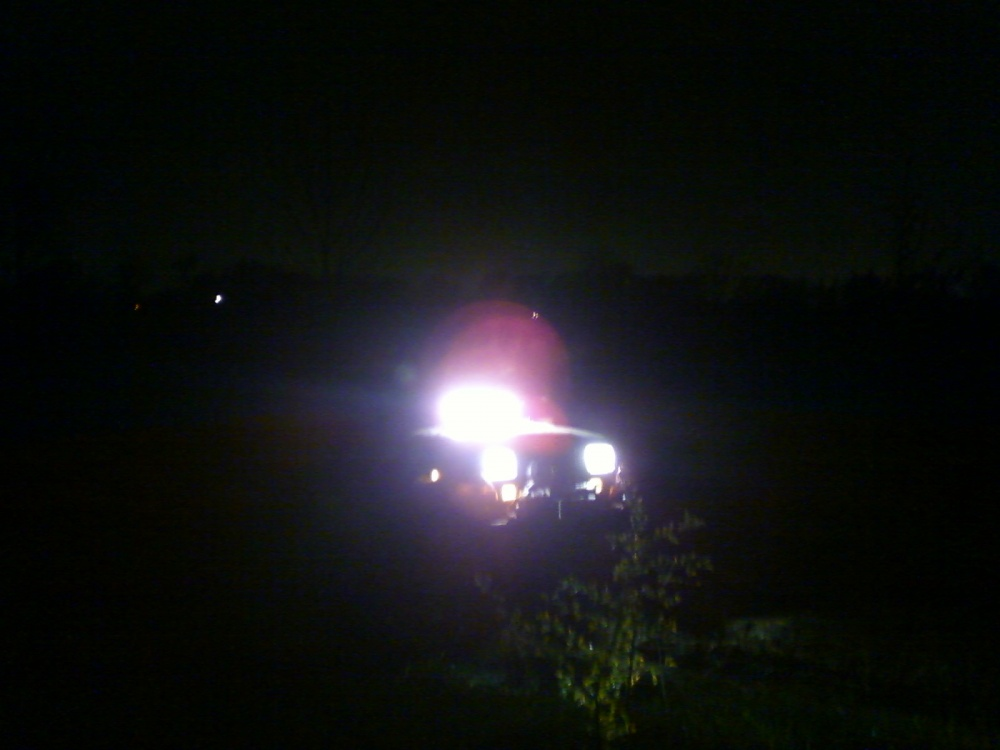 Click image for larger version  Name:Jeep night2.jpg Views:141 Size:123.4 KB ID:93672