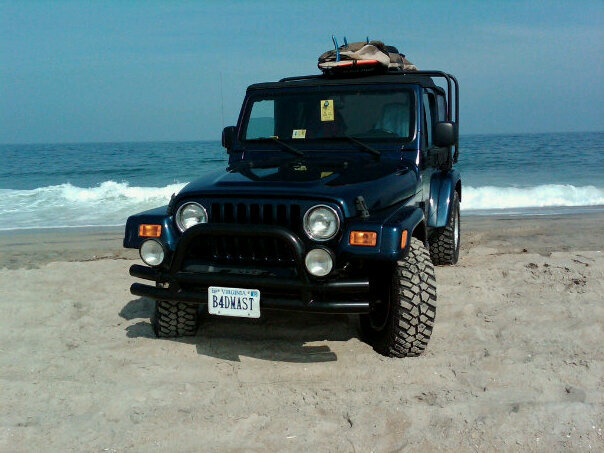 Click image for larger version  Name:Jeep On Beach.jpg Views:313 Size:72.1 KB ID:22224