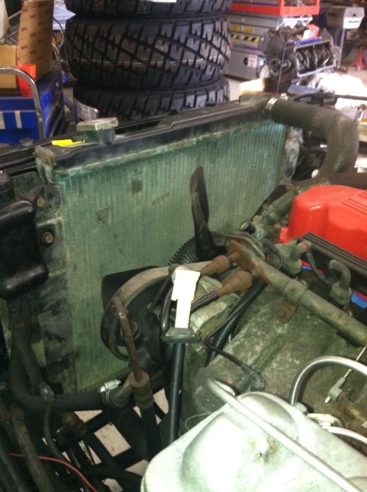 Click image for larger version  Name:Jeep Radiator.jpg Views:90 Size:85.8 KB ID:246211
