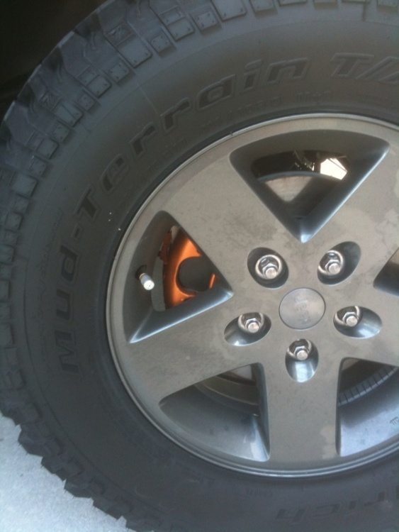 Click image for larger version  Name:JEEP RAYS CALIPER.jpg Views:86 Size:97.5 KB ID:20365