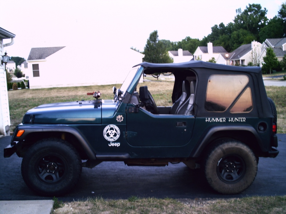 Click image for larger version  Name:jeep right side.jpg Views:497 Size:195.5 KB ID:198419
