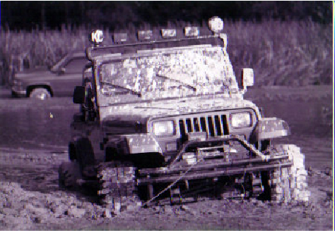 Click image for larger version  Name:jeep stuck.jpg Views:39 Size:194.0 KB ID:2912889