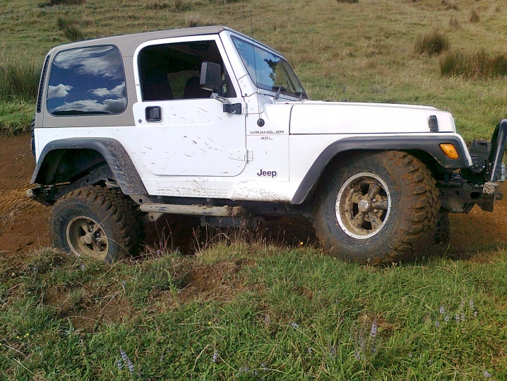 Click image for larger version  Name:Jeep Suspension 2.jpg Views:114 Size:229.3 KB ID:98533