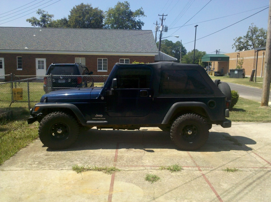 Click image for larger version  Name:Jeep with New Wheels.jpg Views:159 Size:223.3 KB ID:25131