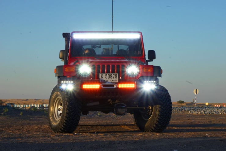 Click image for larger version  Name:Jeep-with-too-many-lights.jpg Views:449 Size:96.1 KB ID:3862849