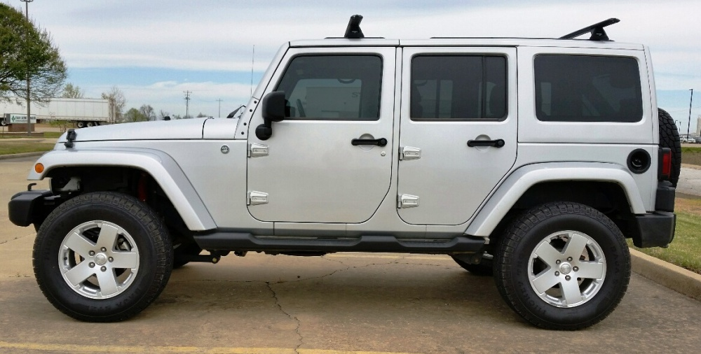 Click image for larger version  Name:jeep wranger side view cropped.jpg Views:31 Size:169.6 KB ID:2957890